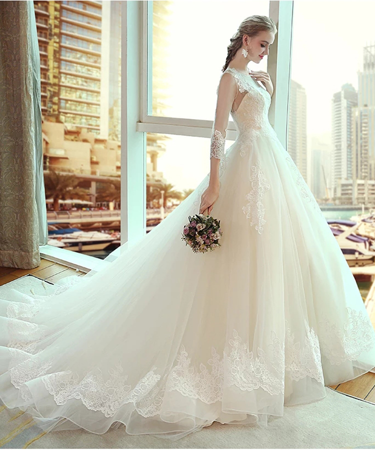 wedding dresses7 10 Latest Wedding Dress Trends For 2018