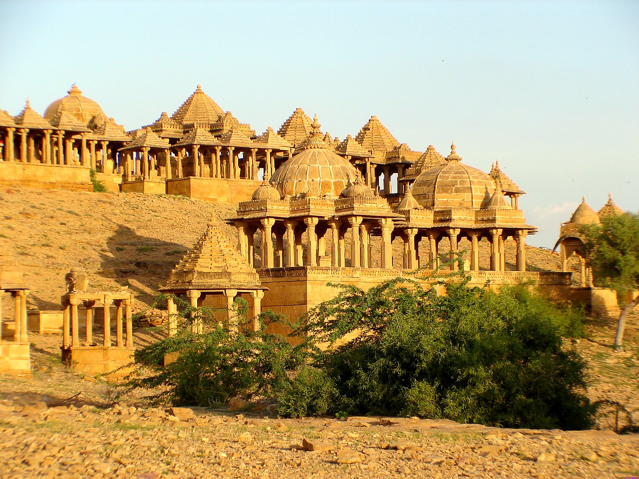 Fascinating yellow stone architecture of the golden city Jaisalmer